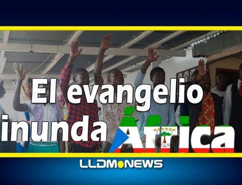 Malabo, Guinea Ecuatorial celebra bautismos.